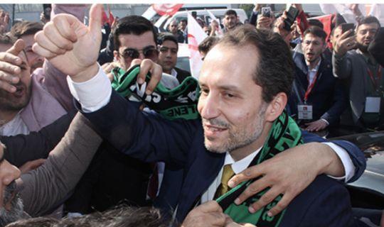 Fatih Erbakan, Kocaeli'de ilk kongresini gerçekleştirdi.