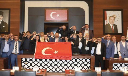 Körfez Meclisi'nden 'Mehmetçiğe' asker selamı