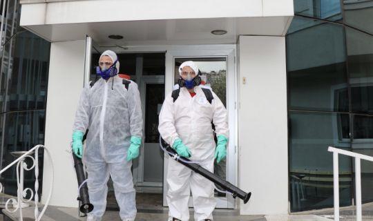 Büyükşehir dezenfekte çalışmalarını aralıksız sürdürüyor