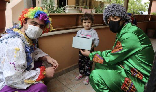 4 bin 800 sağlık çalışanının çocuklarına Büyükşehir'den 23 Nisan pastası