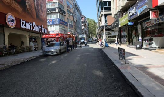 Başkan sözünü tuttu, Alemdar Caddesi trafiğe açıldı