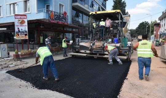 İzmit Belediyesi Paşa Caddesini,   yepyeni görünümüyle trafiğe açtı