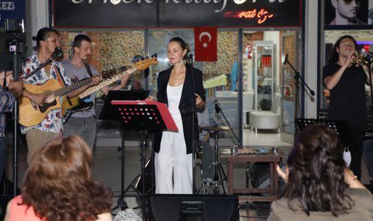 Jazz Night İzmitlileri büyüledi