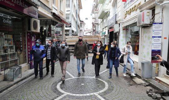 İzmit Feridun Özbay Caddesi'nde zemin çalışmaları başladı