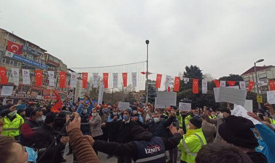 DİSK Genel Başkanı Çerkezoğlu TİS için Belediye Meydanı'na geldi