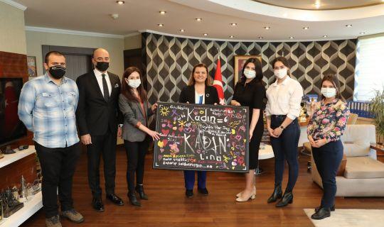 Kent Konseyi Başkan Hürriyet'in Kadınlar Günü'nü kutladı