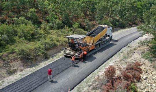 Körfez'de köy yollarına 65 bin ton asfalt