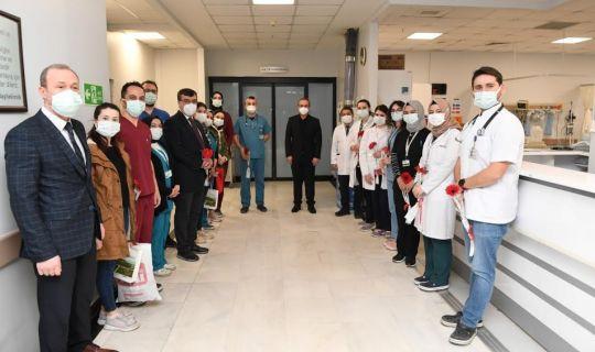 Vali Yavuz, Sağlık Çalışanlarımızı Ziyaret Etti