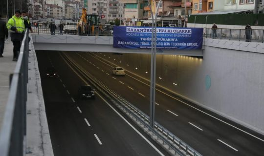 Karamürsel Köprülü Kavşağı, trafiğe açıldı