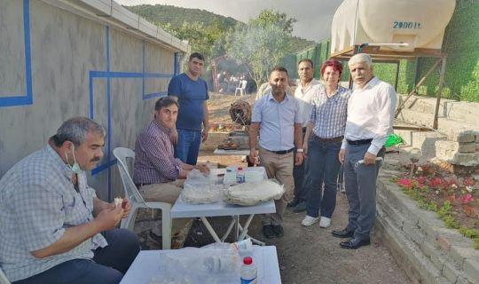 İYİ Partili Polat'tan  partililere ziyafet
