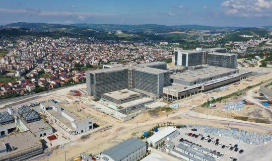 Pehlevan'dan Kocaeli Şehir Hastanesi Çalışmalarına Yakın Takip