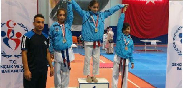 24 Tekvandocu Türkiye Şampiyonasına Gidecek
