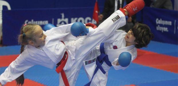 748 karateci Cumhuriyet  Kupası için yarıştı
