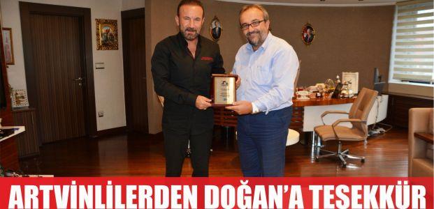 ARTVİNLİLER'DEN DOĞAN'A TEŞEKKÜR PLAKETİ