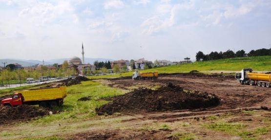 Başiskele Kent Meydanı inşaatı başladı