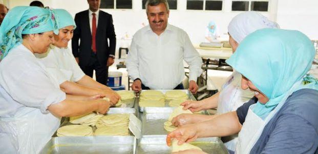 Başkan Baran Göçmen Börekçisini Ziyaret Etti