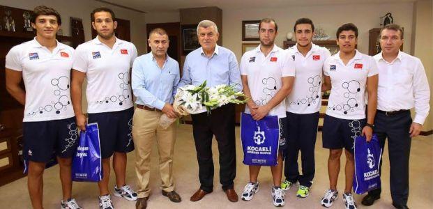 Başkan Karaosmanoğlu, Dünya Şampiyonlarını ağırladı