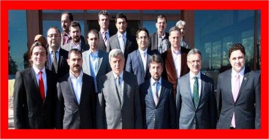 Başkan Karaosmanoğlu GENÇSİAD'la buluştu