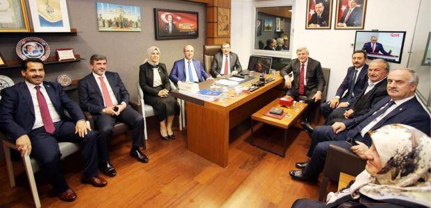 Başkan Karaosmanoğlu, Kocaeli Milletvekillerini ziyaret etti
