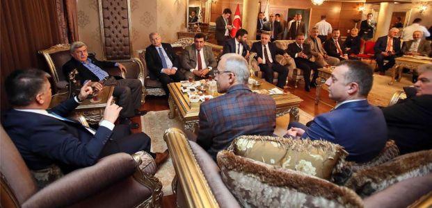 Başkan Karaosmanoğlu, Rize heyetini ağırladı
