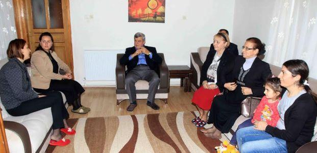 Başkan Karaosmanoğlu'ndan, Dilek Tan'a başsağlığı ziyareti