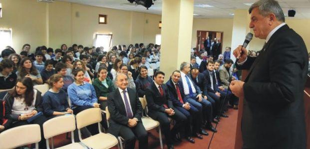 Başkan, Özel yetenekli öğrencilerle bir araya geldi