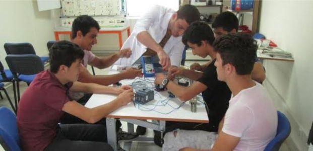 Beyaz Kalpler'in öğrencileri Hyundai'da uygulamalı eğitim aldı