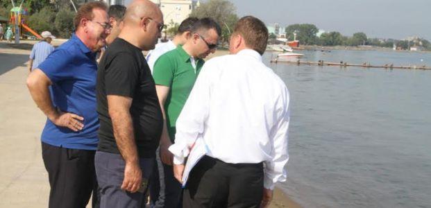 Büyükakın Karamürsel Dereköy sahilini inceledi