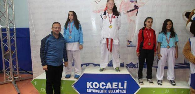 Büyükşehir Karate Ligi'nde dev mücadele