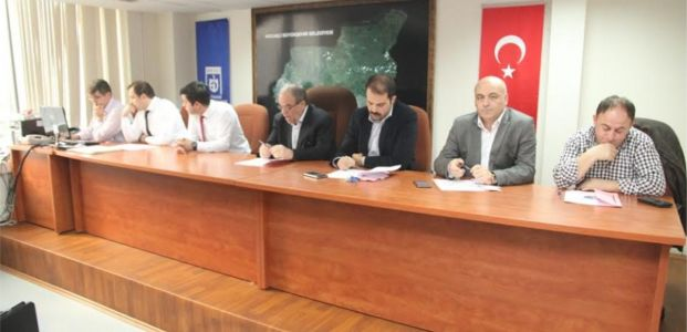 Büyükşehir'den Karamürsel İHL'ye spor salonu