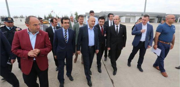 """""""Cengiz Topel en önemli havalimanlarından olacak"""""""