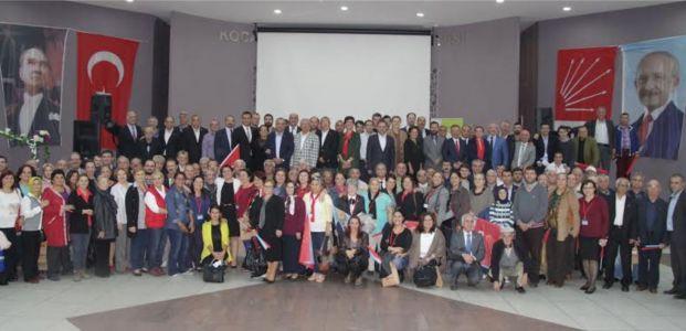 CHP İzmit'ten GÖVDE GÖSTERİSİ