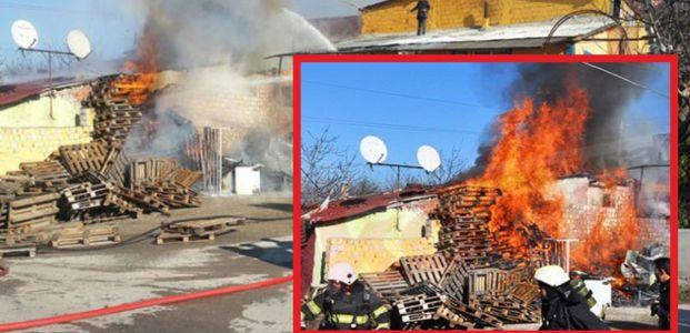 Çocukların Yaktığı Ateş Üç Evi Kül Etti