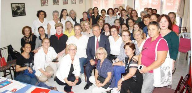 """Dumlu; """"CHP'nin güvencesi kadınlardır"""""""