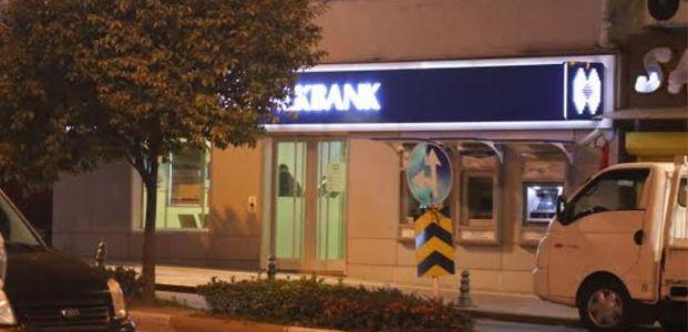 Gölcük'te silahlı banka soygunu