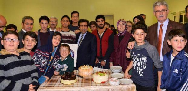 Güzeloğlu dan Saraylı Çocuk Evine Ziyaret