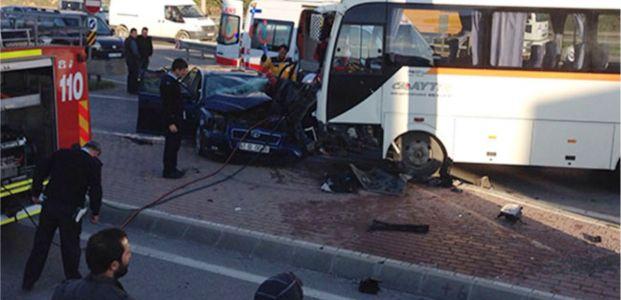 İki araç çarpıştı:1 yaralı