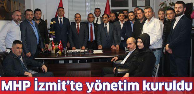 İzmit MHP'de yönetim tamam