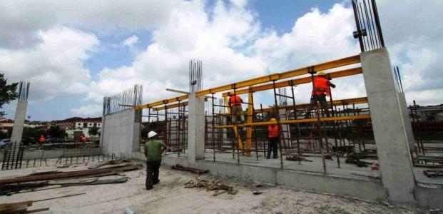 Kandıra spor salonu inşaatı devam ediyor
