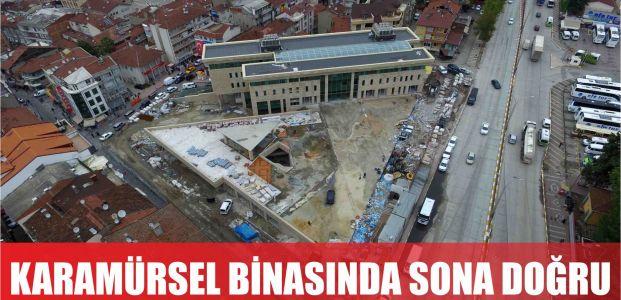 Karamürsel belediye binasında sona doğru