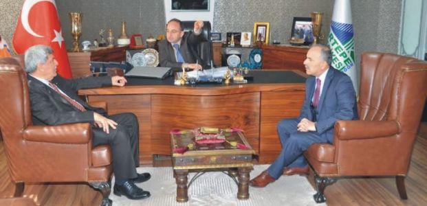 Karaosmanoğlu, Kartepe Belediyesi'nde