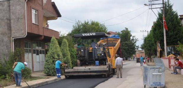 Kartepe'de okul yolları asfaltlanıyor