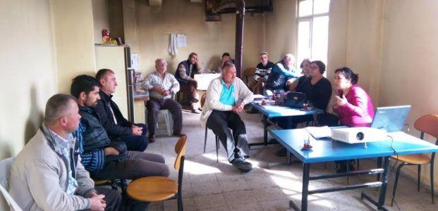 Köylerde bilinçlendirme eğitimleri devam ediyor