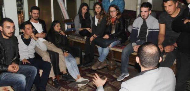 MHP Üniversitelilerle buluştu