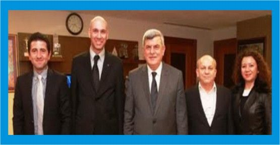 Mimarlardan Başkan Karaosmanoğlu'na ziyaret