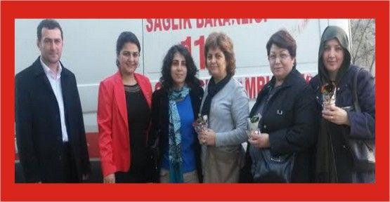Sönmez'in  kadın ekibi doktorları kutladı