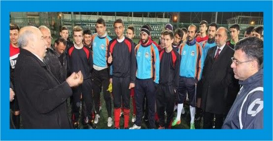 SP Körfez'den futbolculara baklava ikramı