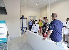 İzmit Belediyesi öz kaynaklarıyla kolonya ve dezenfektan üretti