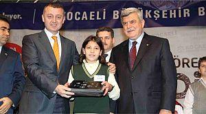 27 Bin 109 öğrenciye ücretsiz tablet
