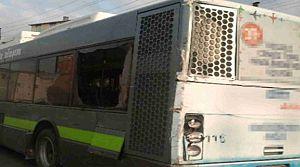 Körfez'de bir TIR belediye otobüsüne arkadan çarptı
